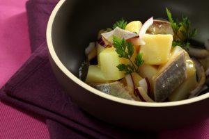 Salades de harengs aux pommes